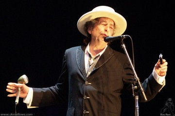 Dena Flows Bob Dylan
