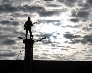 christopher-porter-silhouet-soldaat-peru